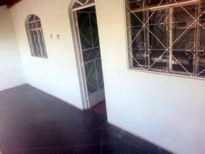 Casa de 279,00m²,  à venda
