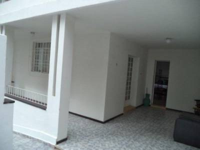 Casa de 220,00m²,  à venda