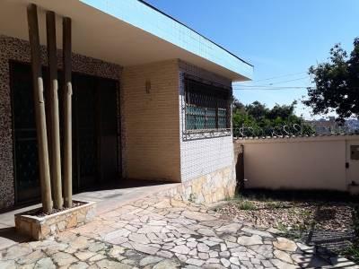 Casa de 247,00m²,  à venda