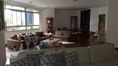 Apartamento de 268,00m²,  à venda