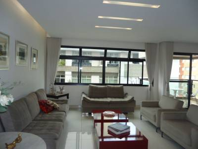 Apartamento de 168,00m²,  à venda
