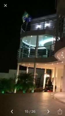 Casa de 405,00m²,  à venda