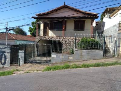 Casa de 300,00m²,  à venda