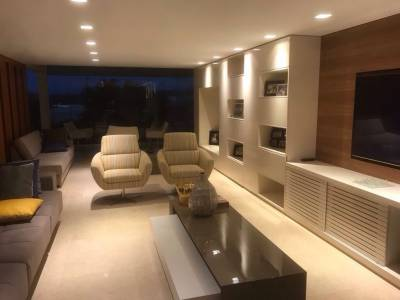 Casa em condomínio de 347,00m²,  à venda