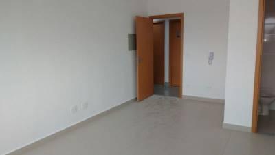 Sala de 24,45m²,  à venda