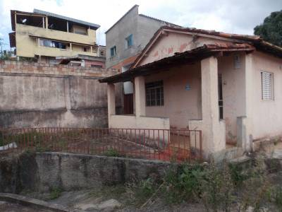 Casa de 128,00m²,  à venda