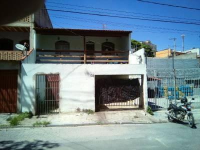 Casa geminada de 0,01m²,  à venda