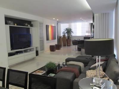 Apartamento de 187,00m²,  à venda