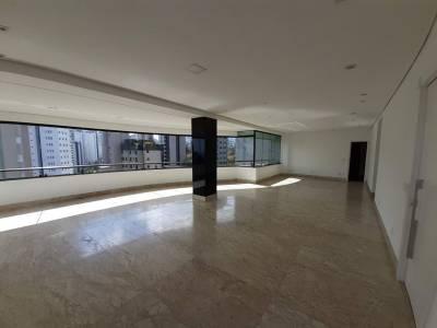 Apartamento de 205,00m²,  para alugar