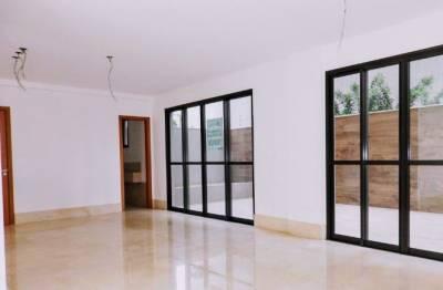Área privativa de 160,00m²,  à venda