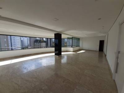 Apartamento de 205,00m²,  à venda