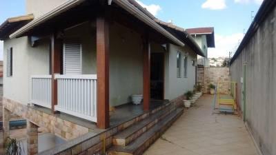 Casa de 377,00m²,  à venda