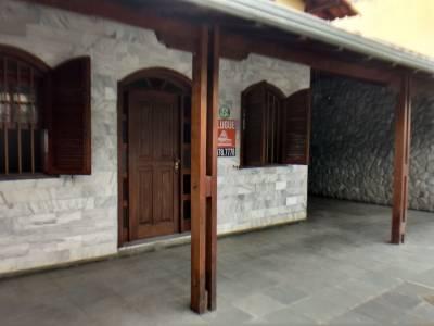 Casa de 300,00m²,  para alugar