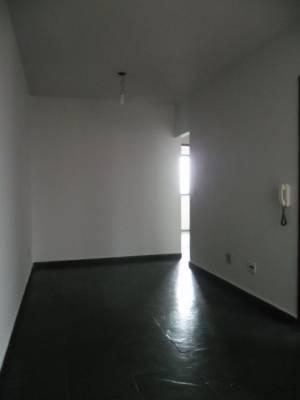 3 quartos, 1 garagens, 1 banheiros, Aluguel, Caiçaras.