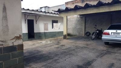 3 quartos, 10 garagens, 1 banheiros, Venda, Bonfim.