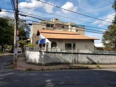 Casa de 337,50m²,  à venda