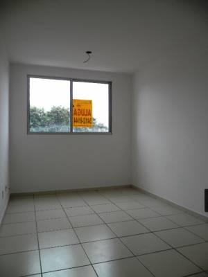2 quartos, 1 garagens, 1 banheiros, Aluguel, Caiçara.