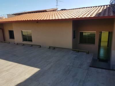 Casa de 222,00m²,  à venda