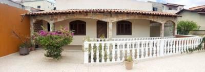 Casa de 164,00m²,  à venda