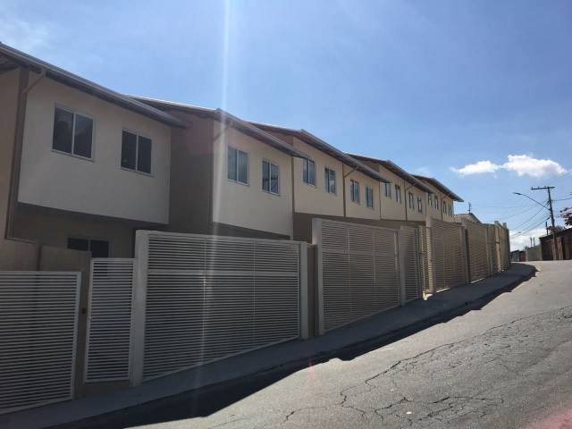 Casa geminada   Boa Esperança (Santa Luzia)   R$  200.000,00