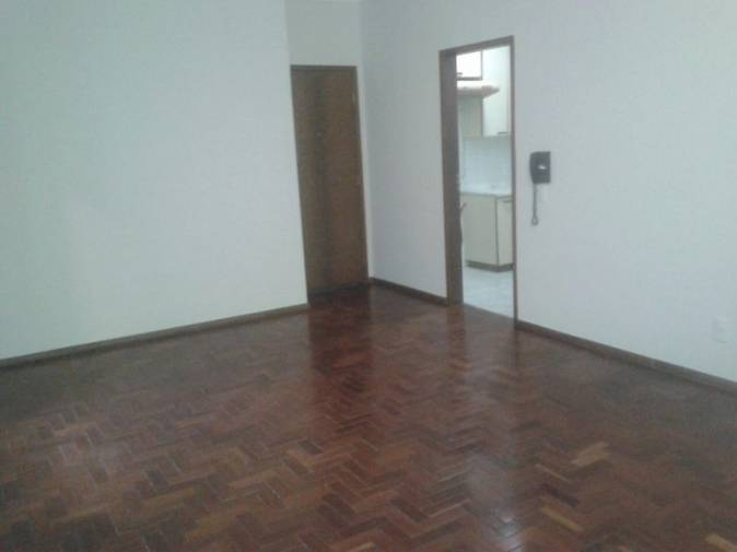 Apartamento   Indaiá (Belo Horizonte)   R$  1.300,00