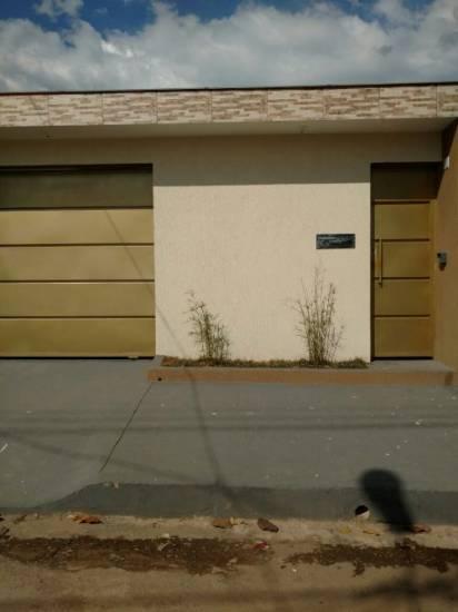 Casa geminada   Centro (Esmeraldas)   R$  268.000,00