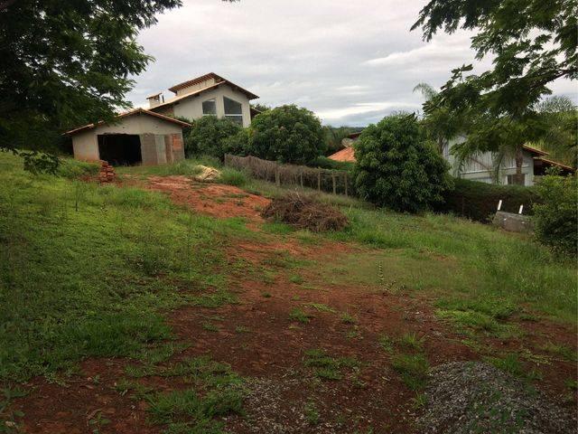 Lote   Vale Das Colinas (Caxambu)   R$  150.000,00