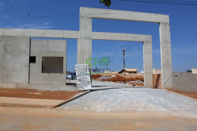 Vale Dos Sonhos \ Casa em condomínio