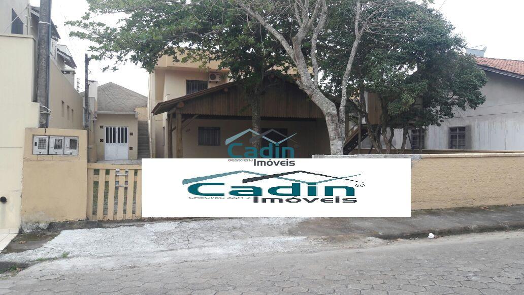 Cadin Imóveis - Vende - Casa - Centro - Navegantes  R$ 450.000,00