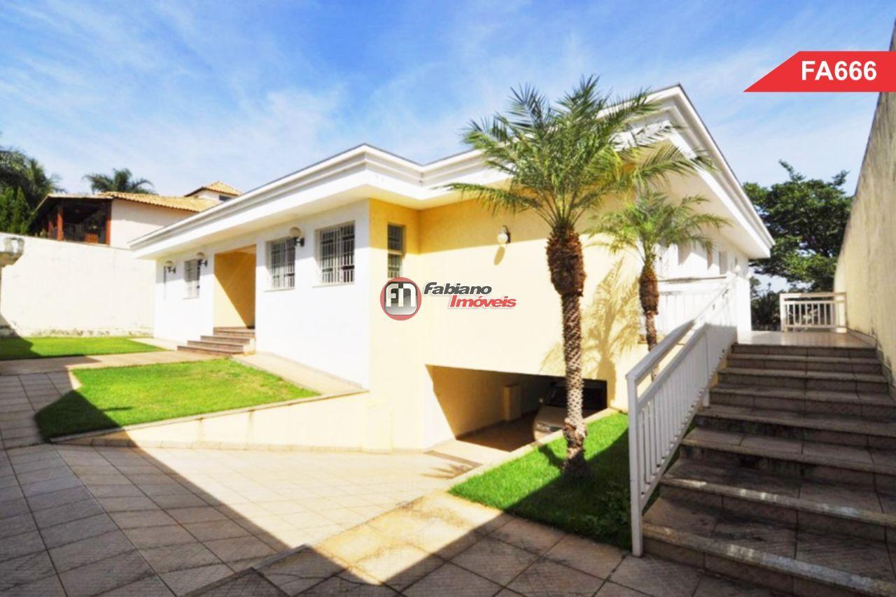 Casa- Venda - Bairro Bandeirantes- tresquartos- duas suites- quatro vagas de garagem - Compra- Belo Horizonte