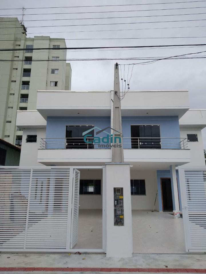 Cadin Imoveis - Vende - Sobrado - Centro - Navegantes R$390.000,00