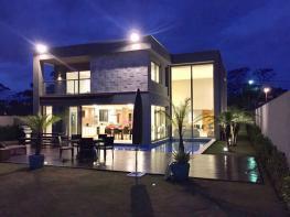 Casa em condomínio   Alphaville - Lagoa Dos Ingleses (Nova Lima)   R$  3.100.000,00