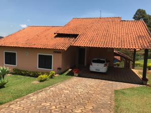 Casa em condomínio   Estância Alpina (Nova Lima)   R$  1.300.000,00