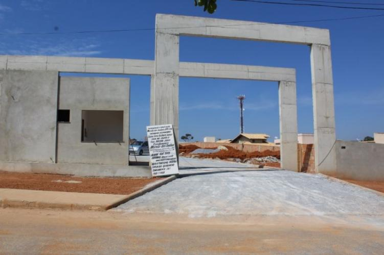 Detalhes do imóvel: Vale Dos Sonhos - Casa em condomínio