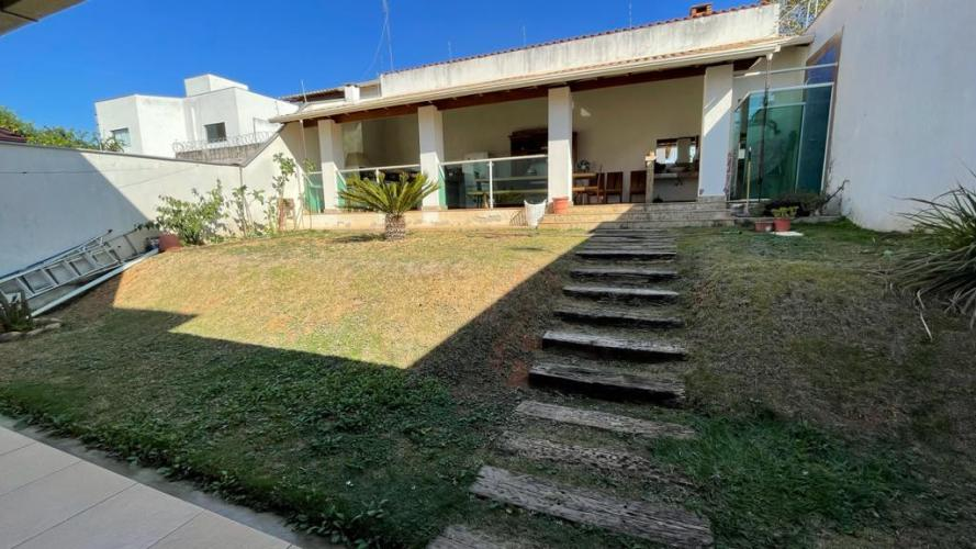 Detalhes do imóvel: Jardim Ipe - Casa