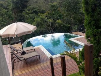 Casa em condomínio   Vila Alpina (Nova Lima)   R$  2.300.000,00