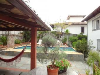 Casa   São Bento (Belo Horizonte)   R$  1.700.000,00