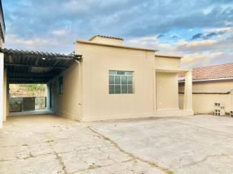 Casa   Bela Vista (Itabirito)   R$  2.300,00