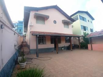 Casa   Camargos (Belo Horizonte)   R$  749.000,00