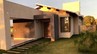 Casa em condomínio   Cond. Gran Royalle (Lagoa Santa)   R$  890.000,00