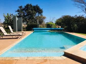 Casa em condomínio   Cond. Fazenda Solar (Igarapé)   R$  1.350.000,00