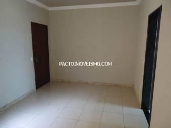 Apartamento   Glória (Contagem)   R$  1.200,00