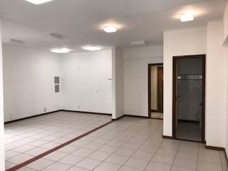 Sala de 58,00m²,  à venda
