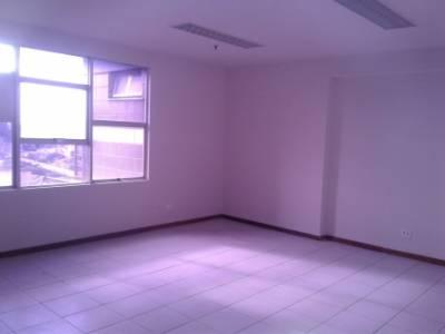 Sala de 29,40m²,  para alugar