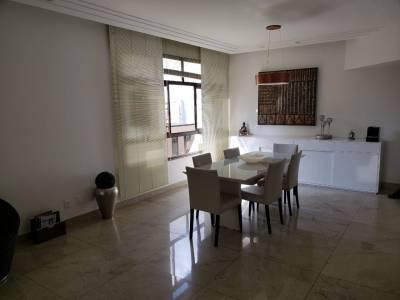 Apartamento de 165,00m²,  à venda