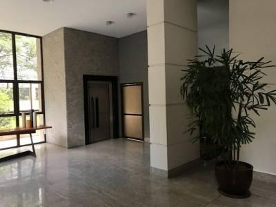 Apartamento de 176,00m²,  à venda