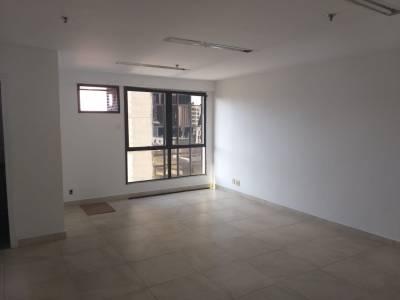 Sala de 32,00m²,  para alugar