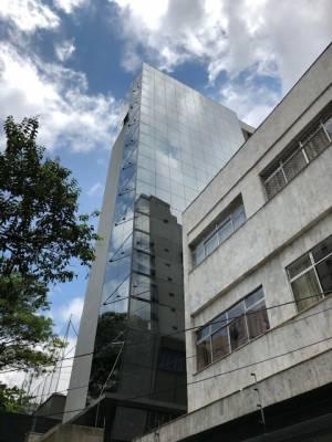 Sala de 318,00m²,  à venda