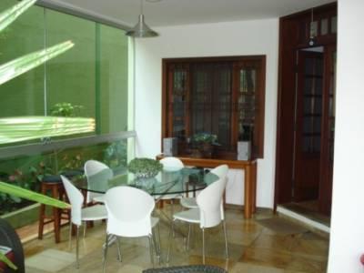 Casa de 312,00m²,  à venda