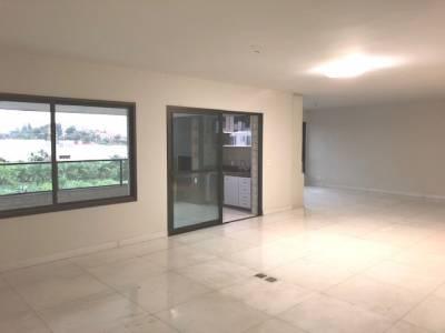 Apartamento de 226,00m²,  à venda